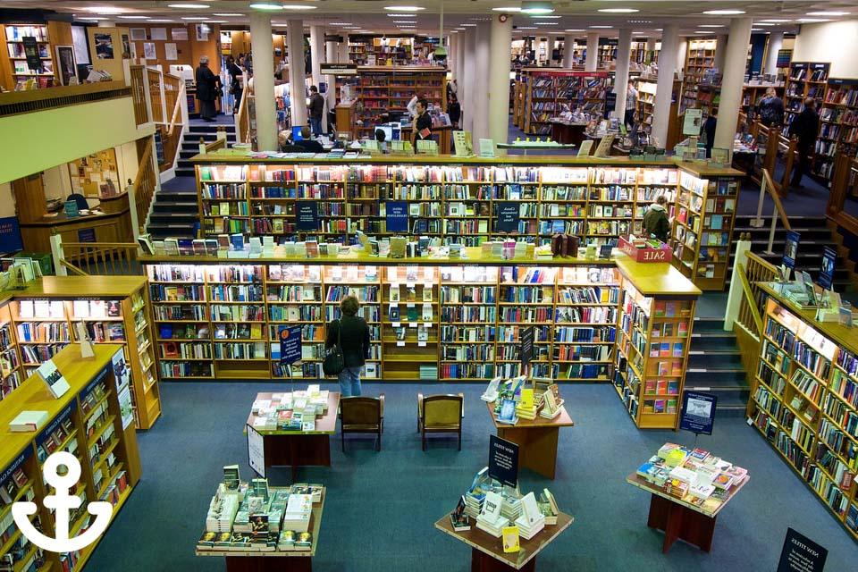 Foto de una librería marítima en Barcelona